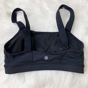 lululemon athletica Intimates & Sleepwear - Lululemon bra size 6
